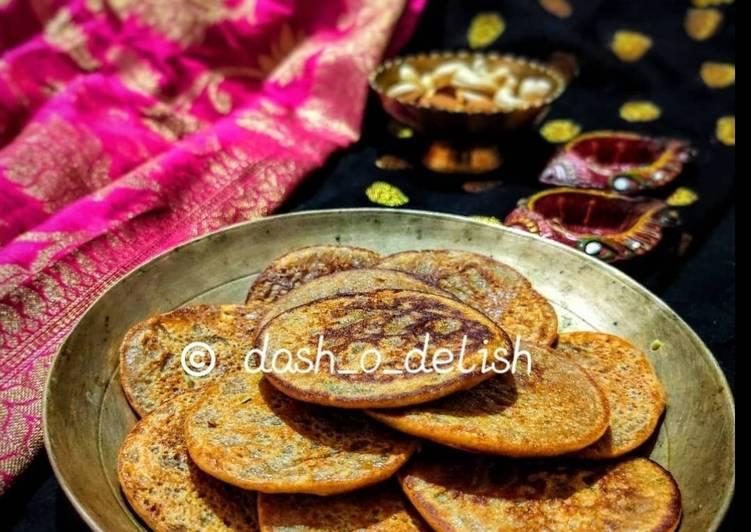 Recipe of Any-night-of-the-week WHOLE-WHEAT BANANA PANCAKES/ MITHA ATTA CHAKULI