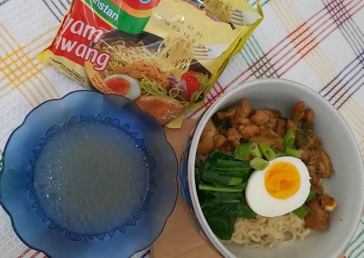 219. Mie Ayam Indomie Ayam Bawang Dapoer Budhe