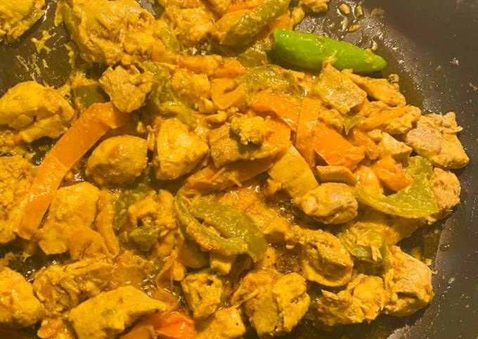Chicken white tikka with mix blend of peppers  🌶 !!