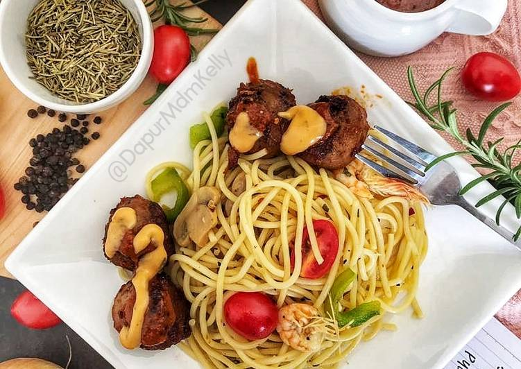 Aglio Olia with Meatball Blackpepper #phopbylinimohd - velavinkabakery.com