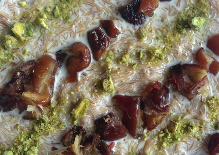 How to Make Favorite Sheer khorma #EidKiMeethas