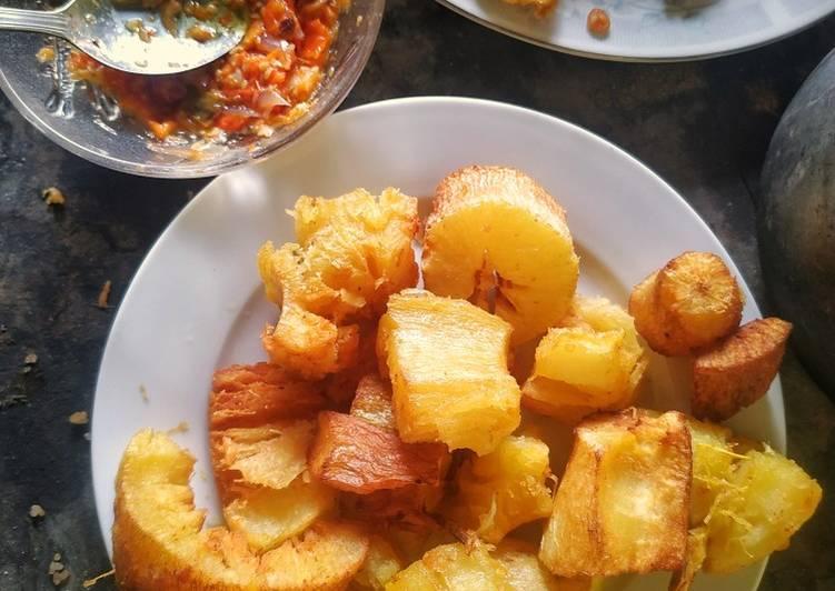 Singkong goreng cocol sambel bawang