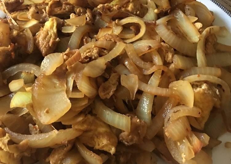 Stir fry Onion and egg (p5min, C8min)