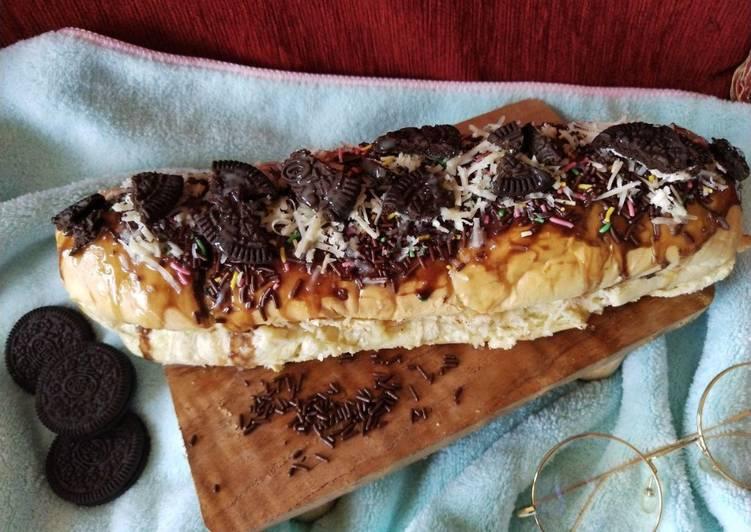"""Roti john manies isi coklat+keju+oreo""""ala ropang"""""""