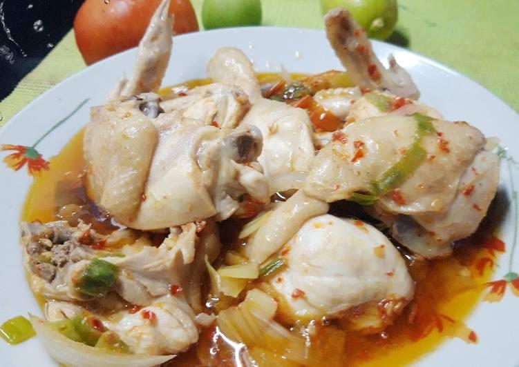 Ayam rebus kuah pedas