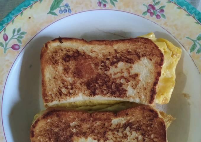 Roti bakar lipat mudah (ala sandwich)