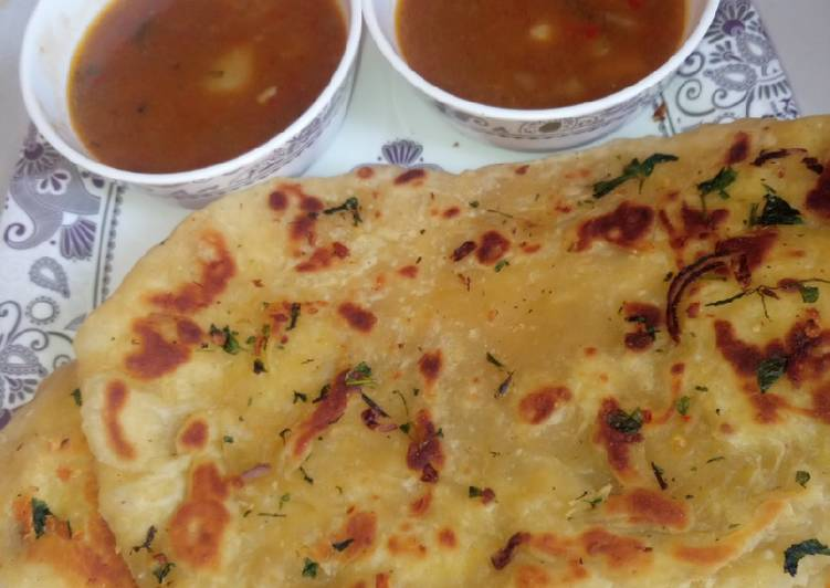 Step-by-Step Guide to Make Top-Rated Garlic nan bread wit ALU gravy