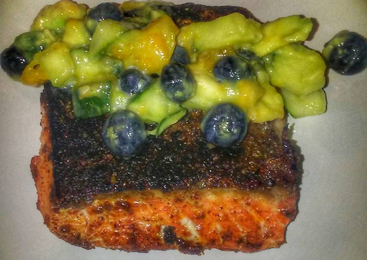 Recipe: Delicious Chili Salmon with Mango Cucumber Salsa