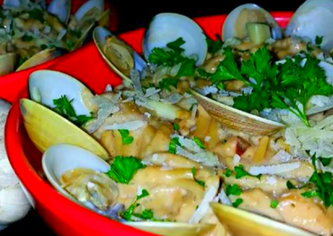 Steps to Prepare Speedy Mike's EZ Seafood Alfredo & Roasted Garlic Spread Dinner