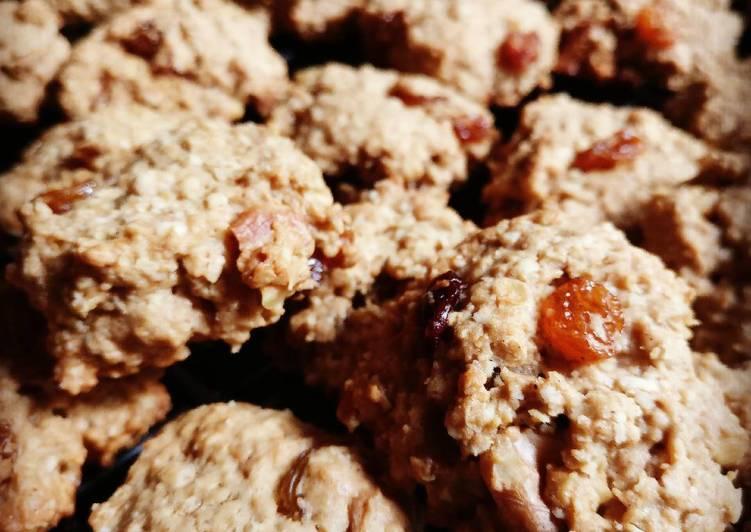 Amazing oatmeal raisin cookies