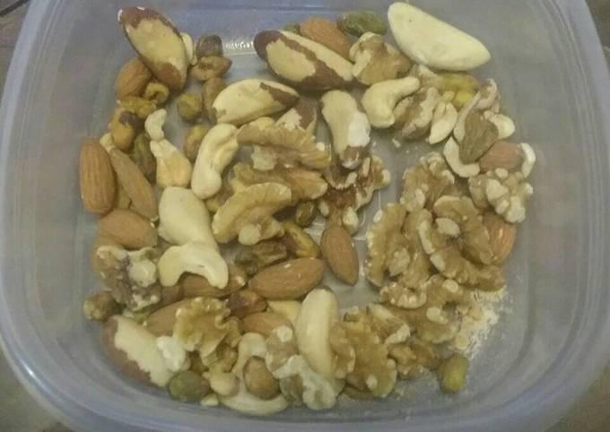 Recipe: Yummy Keto Mixed Nuts