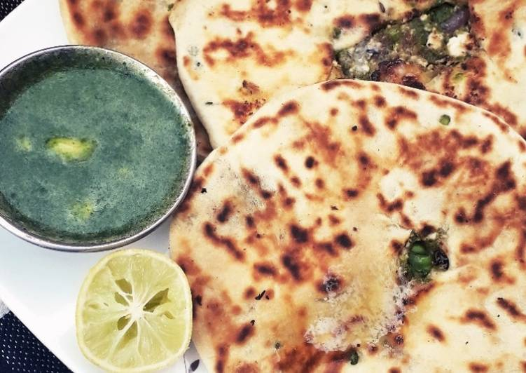 How to Make Perfect Mutter kulcha with green chutney