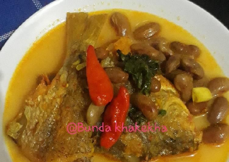 Gulai ikan ekor kuning & kacang merah