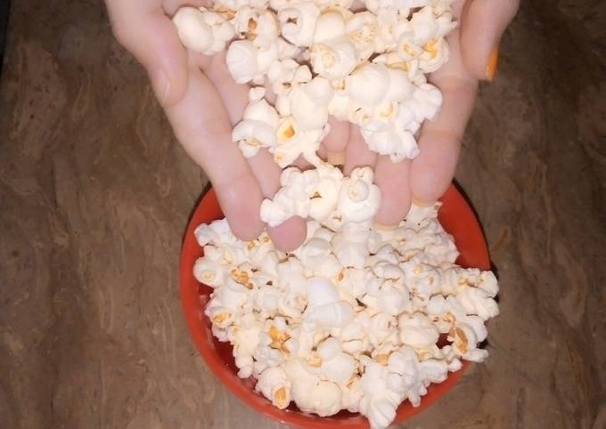 Homemade popcorn recipe (without oil)