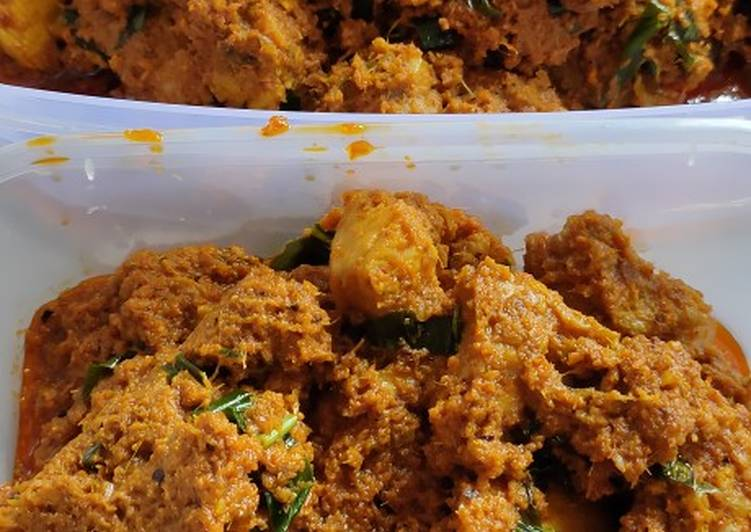Rendang Ayam Daun Kunyit - velavinkabakery.com