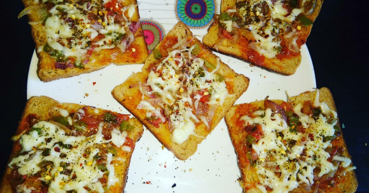 Bread Pizza Sandwich Recipe By Sara S World Cookpad