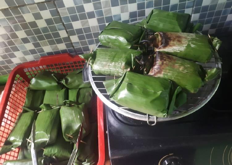 Nasi bakar ayam suir rice cooker