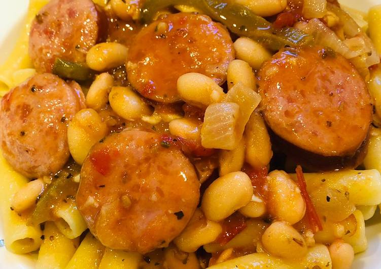 15 Minute Recipe of Summer Smoked Sausage with Northern Beans