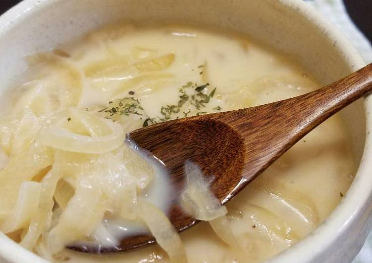 Recipe: Tasty Onion Milk Soup