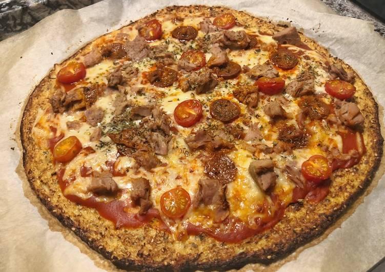 Pizza de base de coliflor con Lékué y Mambo, receta fácil 😍