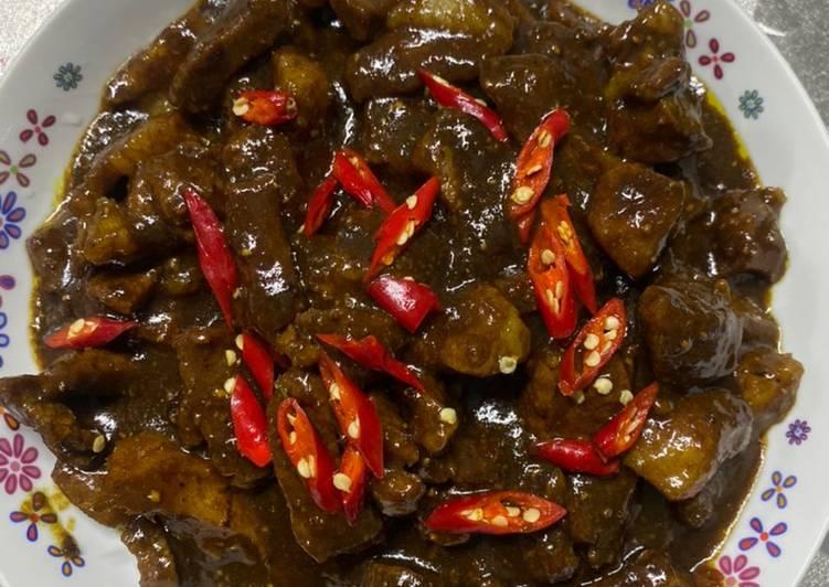 Tongseng kambing pedes