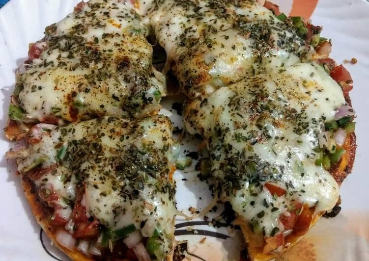 Recipe: Appetizing Veggie Stuffed Cheese burst PIZZA
