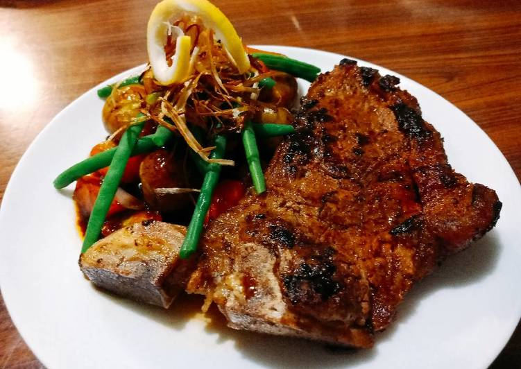 Steak and vegetables, In This Post We're Going To Be Looking At The A Large Amount Of Benefits Of Coconut Oil