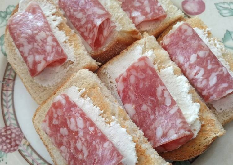 Simple Way to Make Any-night-of-the-week Bruschette with goat's cheese and salame