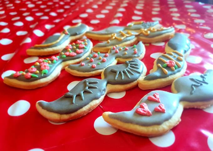 How to Make Yummy Cookies with royal icing