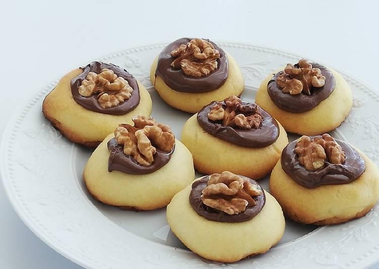 Biscuits nappés au chocolat