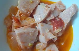 Thịt hộp sốt cà chua