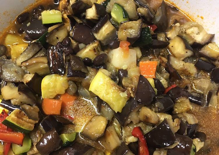 How to Prepare Appetizing Vegetable Stew