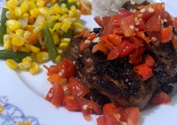 Ayam Panggang Lada Hitam dgn Salad dan Sambal Dabu-dabu - cookandrecipe.com
