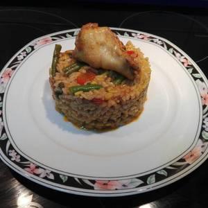 Paella moruna con alitas en adobo