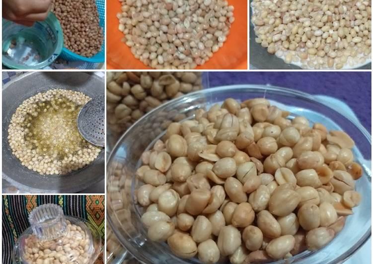 8. Kacang goreng lebaran
