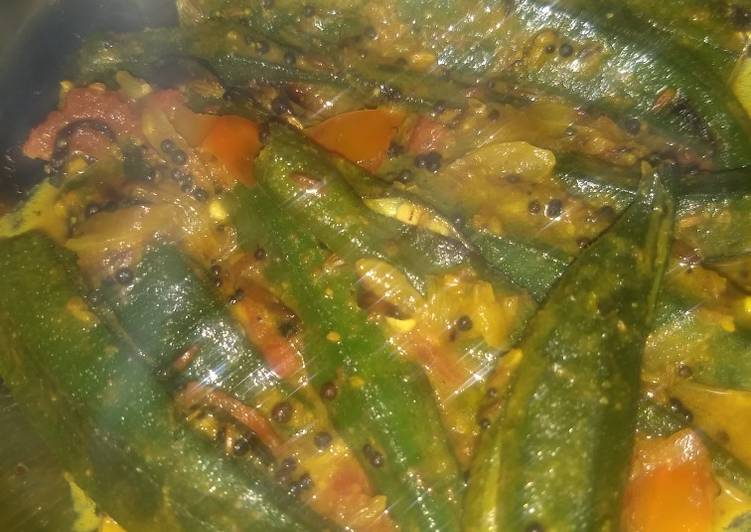 Recipe of Favorite Okra in coconut milk (Kerala Style Bhindi)