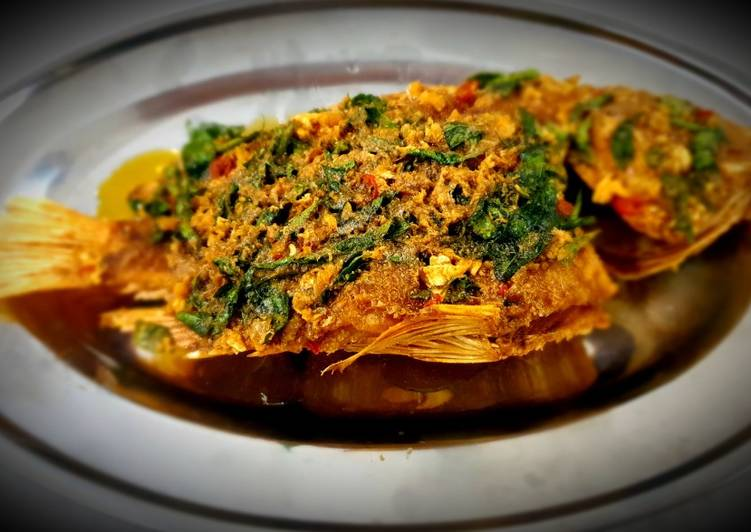 Step-by-Step Guide to Make Perfect Fish Fried with Salted Eggs