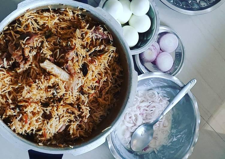 Yummy mutton biryani (Mutton biryani recipe in tamil)