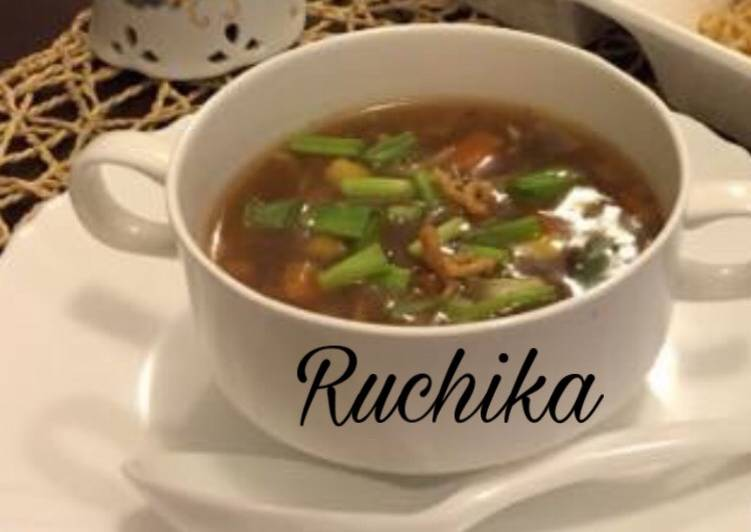 Recipe of Homemade Hot and Sour Soup with fried Noodles