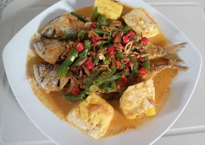 Bagaimana Menyiapkan Gulai ikan kembung kacang panjang tahu Anti Gagal