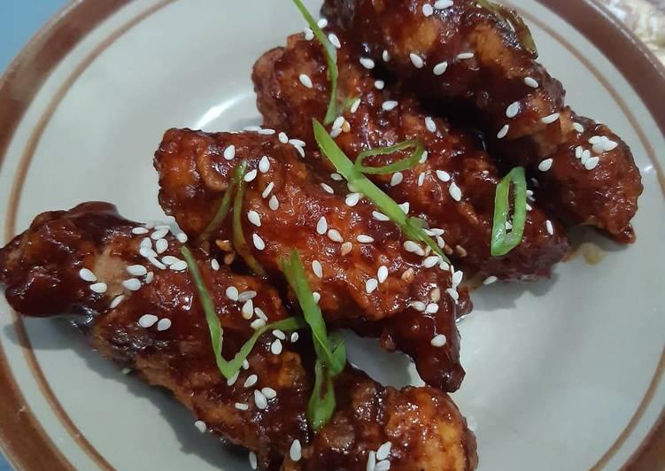 KOREAN SPICY CHICKEN (DDAK GAN JEONG)