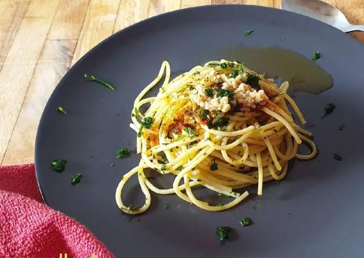 Spaghetti di farro con aglio,olio e peperoncino
