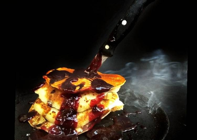 Dining 14 Superfoods Is A Great Way To Go Green For Better Health Halloween Spooky soul representing Banana Pancakes with Strawberry Sauce: