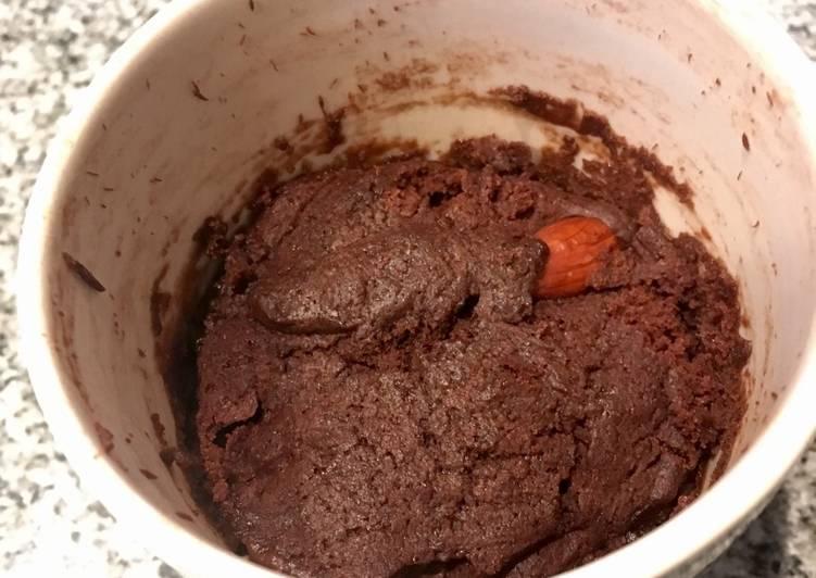 Mugcake de chocolate (Nesquik) al microondas, lista en 2 minutos