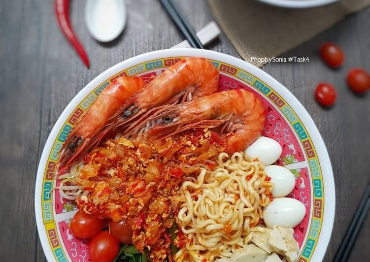 Mee Udang Pulau Pinang (Penang Hokkien Mee) #phopbylinimohd #batch20 - velavinkabakery.com