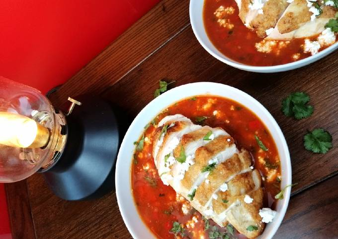 Mexican tomato, chicken and refried bean soup