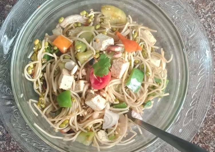 Noodles salad