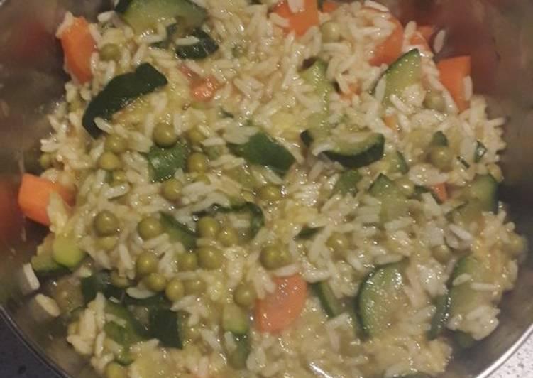 Riz basmati au curry et légumes