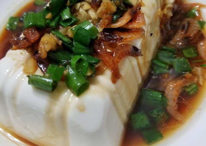 Chinese Steam Tofu with dried shrimp, garlic, soya sauce 蒜蓉蝦米蒸豆腐