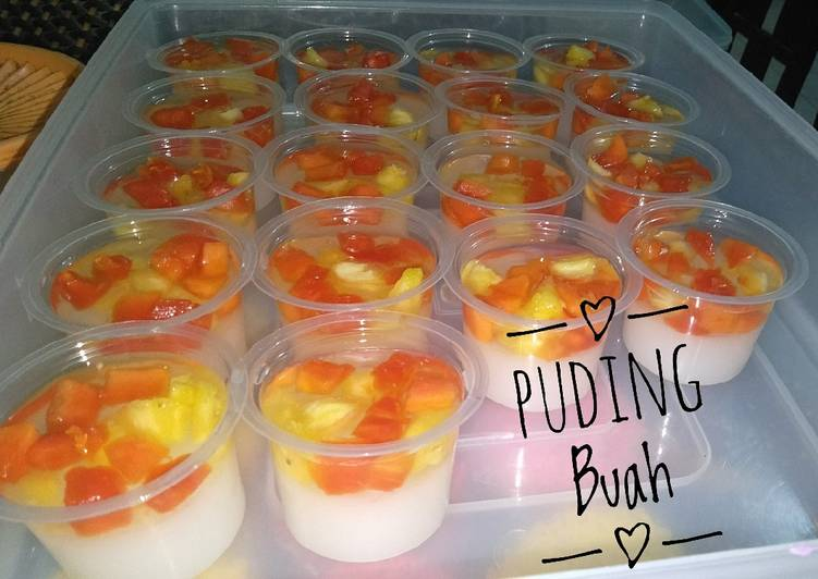 Puding buah simple
